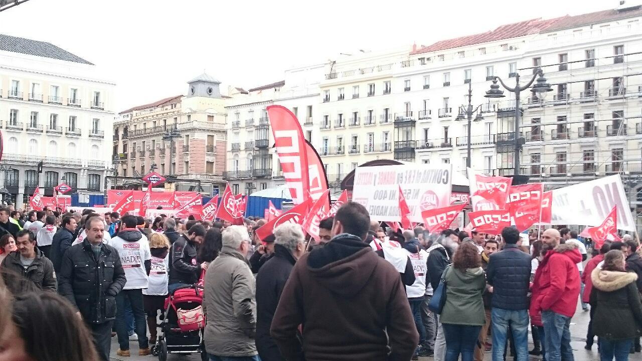 Manifestacion contra el ERE en Orange Foto1